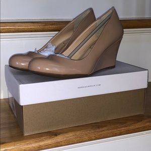 Jessica Simpson Sampson Wedge - Nude Patent